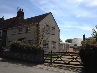 Spacious Self-Catering 4 Bedroom Holiday Cottage - Shorwell vacation rentals