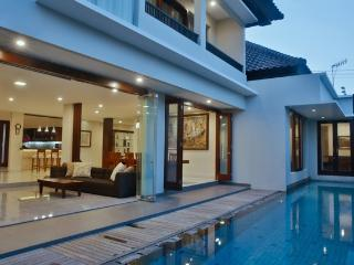 The Arnaya - 5 bedroom villa, Kuta, Bali - Kuta vacation rentals