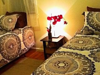 Beautiful House with Internet Access and A/C - Queens vacation rentals