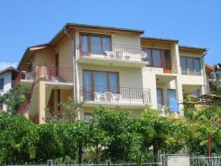 Nice Villa with Balcony and Wireless Internet in Balchik - Balchik vacation rentals