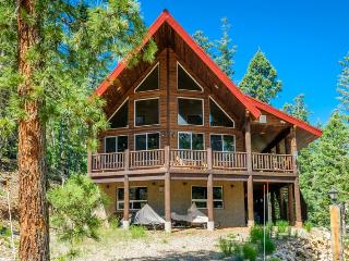 Perfect House with Deck and DVD Player - Duck Creek Village vacation rentals