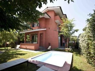 VILLA ANNA - FORTE DEI MARMI - Forte Dei Marmi vacation rentals
