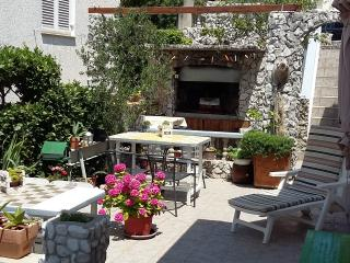 Beautiful Novi Vinodolski Studio rental with Internet Access - Novi Vinodolski vacation rentals