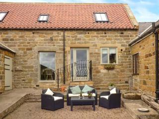 COOPERS BARN, barn conversion, WiFi, en-suites, pet-friendly, near Egton, Ref 906462 - Egton vacation rentals