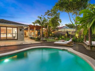 Bay Luxury Villa, Byron Bay - Stunning Holiday Accommodation - Suffolk Park vacation rentals