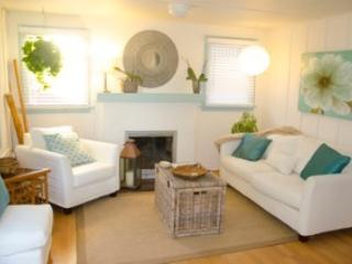 Toulon Beach Cottage - Pacific Beach vacation rentals