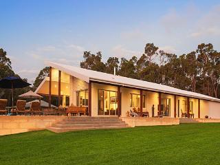 Rural luxury with vineyard and Pool - Yallingup vacation rentals