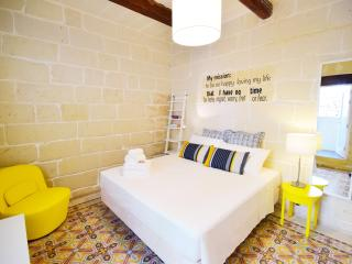 BeHappy stylish duplex flat 2Bedrooms - Sliema vacation rentals