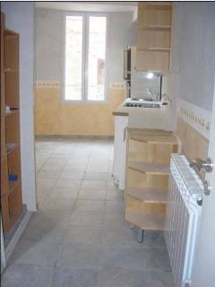 Nice 1 bedroom Condo in Manosque with Internet Access - Manosque vacation rentals
