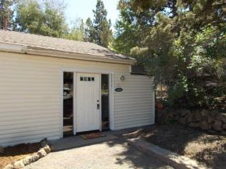 Private Retreat for Two! Great Eastside Location, Easy Walk to Downtown, Newly Furnished - Bend vacation rentals