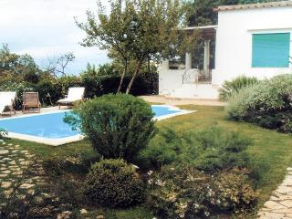 Bright 4 bedroom Anacapri Villa with Deck - Anacapri vacation rentals