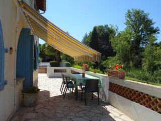 1 bedroom Gite with Internet Access in Mirabel-aux-Baronnies - Mirabel-aux-Baronnies vacation rentals