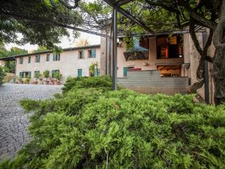 CaDelSe Casa Vacanze  Colli Euganei, Teolo, Italy - Teolo vacation rentals
