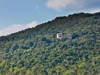 Perfect 7 bedroom House in Casale di Pari with Internet Access - Casale di Pari vacation rentals