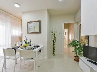 Bright Florence House rental with Internet Access - Florence vacation rentals