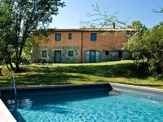 Gorgeous Villa with Shared Outdoor Pool and Television - Sant'Alberto vacation rentals
