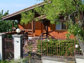 Romantic 1 bedroom Chalet in Monleale with Mountain Views - Monleale vacation rentals