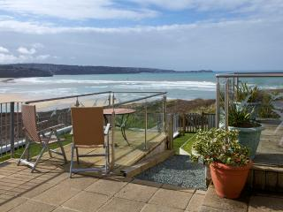 Mermaid, Pet Friendly and 100 Yards from Beach - Hayle vacation rentals