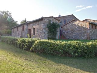 Close to the historic Tuscan town of Radicondoli, - Radicondoli vacation rentals