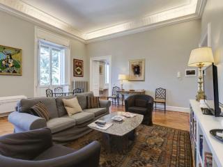 Villa Borghese Luxury Apartment - Rome vacation rentals
