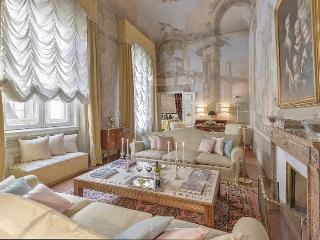Maggio Palace - Florence vacation rentals
