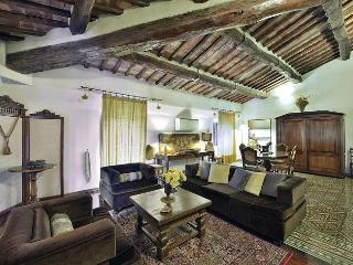 Charming House with Internet Access and A/C - Tuscany vacation rentals