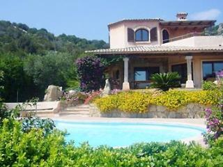 5 bedroom Villa with Shared Outdoor Pool in Abbiadori - Abbiadori vacation rentals