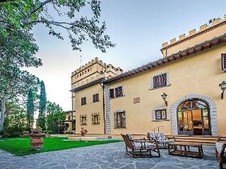Bright Villa with Internet Access and Shared Outdoor Pool - Montelupo Fiorentino vacation rentals