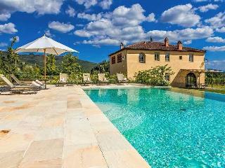 Bright Cottage with Internet Access and A/C - Castiglion Fibocchi vacation rentals