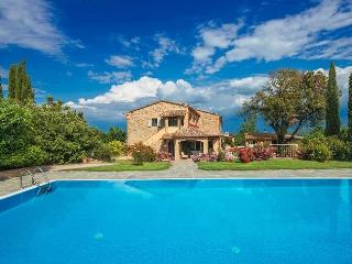 Charming 7 bedroom Chianni Villa with Internet Access - Chianni vacation rentals