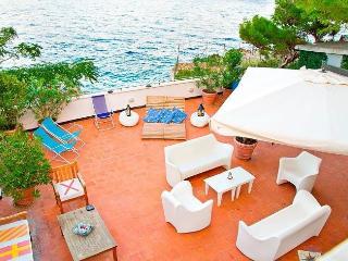 3 bedroom House with Internet Access in Mondello - Mondello vacation rentals