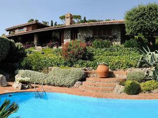 Lovely House with Internet Access and Dishwasher - Ansedonia vacation rentals