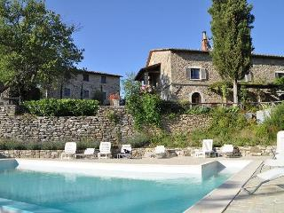 Bright 5 bedroom Sansepolcro Villa with Internet Access - Sansepolcro vacation rentals