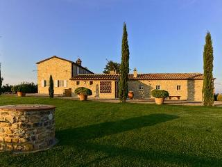 Lovely Villa with Internet Access and Shared Outdoor Pool - Magliano in Toscana vacation rentals
