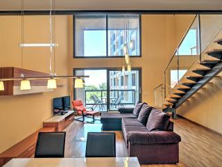 Lovely 2 bedroom Burjassot Apartment with Internet Access - Burjassot vacation rentals