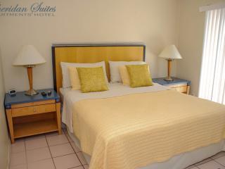 1 BR (105) Condo-Suite ***FALL SPECIAL*** - Dania Beach vacation rentals