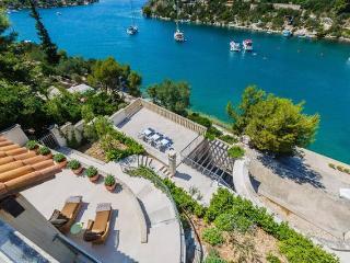 Villa Bon Vivant Bougainvillea Brac - Splitska vacation rentals