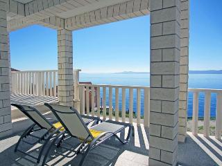 Holiday home with stunning views 3055 - Okrug Gornji vacation rentals