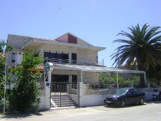Nicely furnished home with sea views 5960 - Slatine vacation rentals
