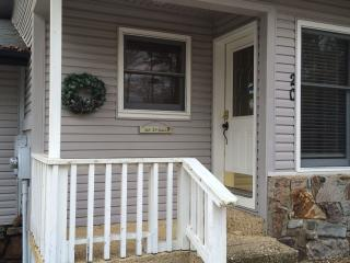 2 bedroom Townhouse with Deck in Hot Springs Village - Hot Springs Village vacation rentals