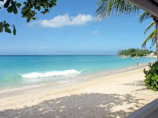 Beachside cottage perfect for a family. BS AQU - Barbados vacation rentals