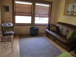 Wonderful 2 bedroom Guest house in Bisbee - Bisbee vacation rentals