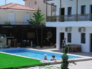 Apartments with pool - Fourka vacation rentals