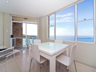 COOGEE BEACH VIEWS  WT23 - Coogee vacation rentals