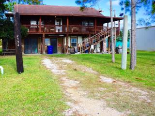 Port Pappy Apartment - Port O Connor vacation rentals