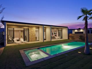 Modern Retreat with Mid Century Architecture - La Quinta vacation rentals