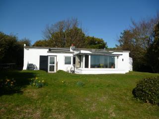THE GUN EMPLACEMENT, St. Margaret's Bay, Kent - St Margaret's Bay vacation rentals