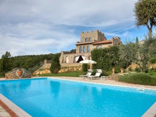 4 bedroom Villa in Montaione, San Gimignano, Volterra and surroundings, Tuscany, Italy : ref 2294007 - Villamagna vacation rentals