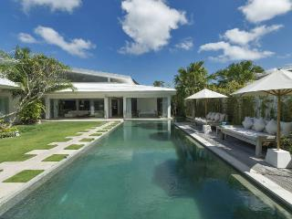 Villa Berawa Beach Bali Modern Luxurious 4 Bdrm - Canggu vacation rentals