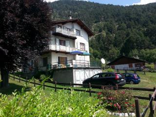 Brusson centro appartamento incantevole posizione - Brusson vacation rentals